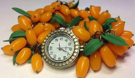 """Часы ручной работы. Ярмарка Мастеров - ручная работа. Купить Часы """"Облепиха"""". Handmade. Оранжевый, часы-браслет, полимерная глина"""
