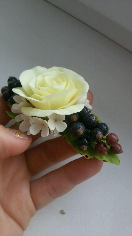 Заколки ручной работы. Ярмарка Мастеров - ручная работа. Купить Заколка с розами и смородиной. Handmade. Заколка, Холодный фарфор