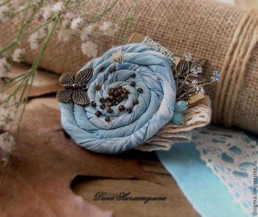Броши ручной работы. Ярмарка Мастеров - ручная работа. Купить Брошь Утренний сад. Handmade. Голубой, текстильная роза, бисер