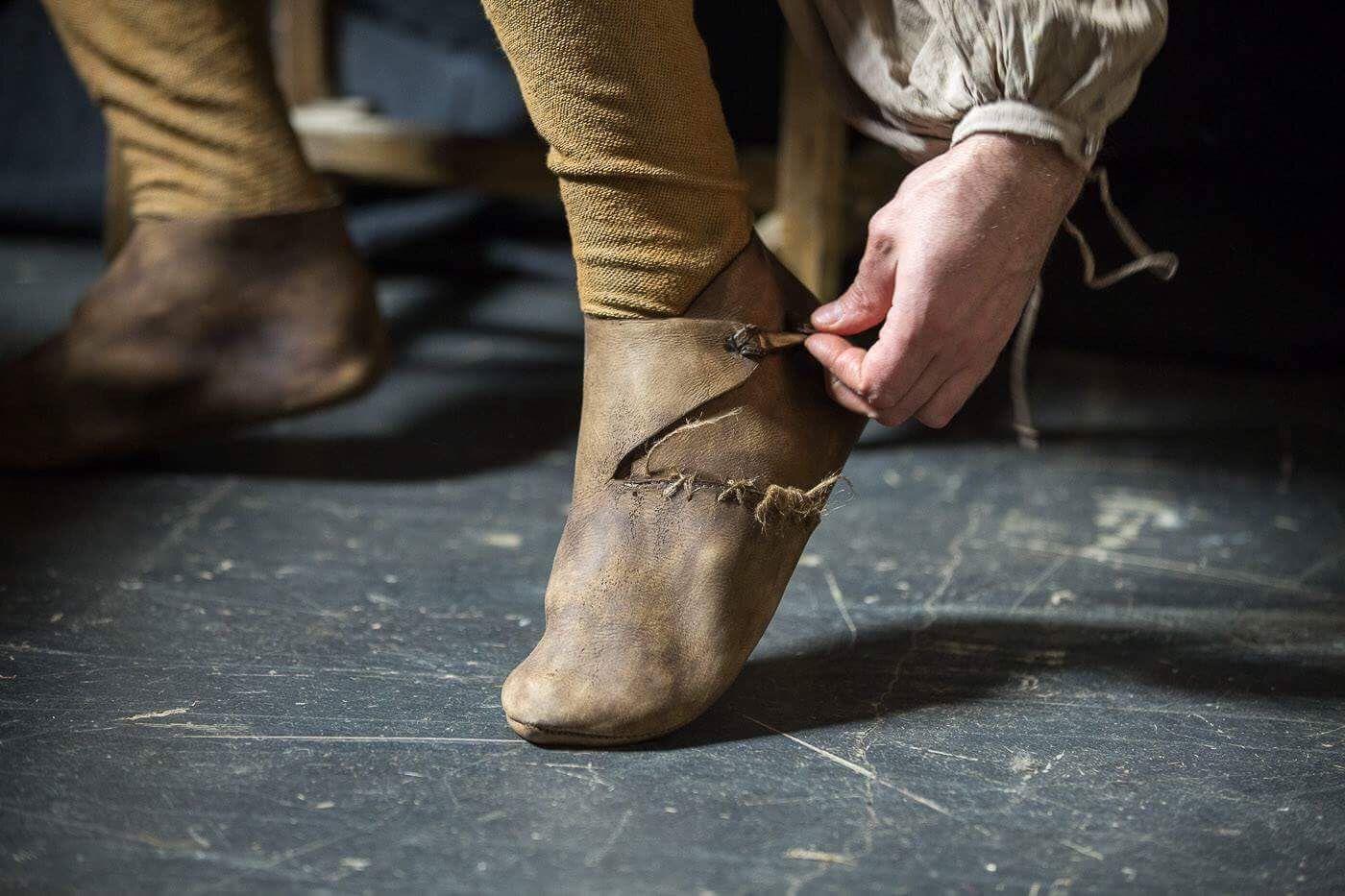 Как сшить средневековые ботинки 100