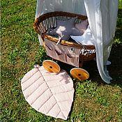 Игровой коврик ручной работы. Ярмарка Мастеров - ручная работа Розовый коврик в форме листа - Игровой ковер в детскую. Handmade.