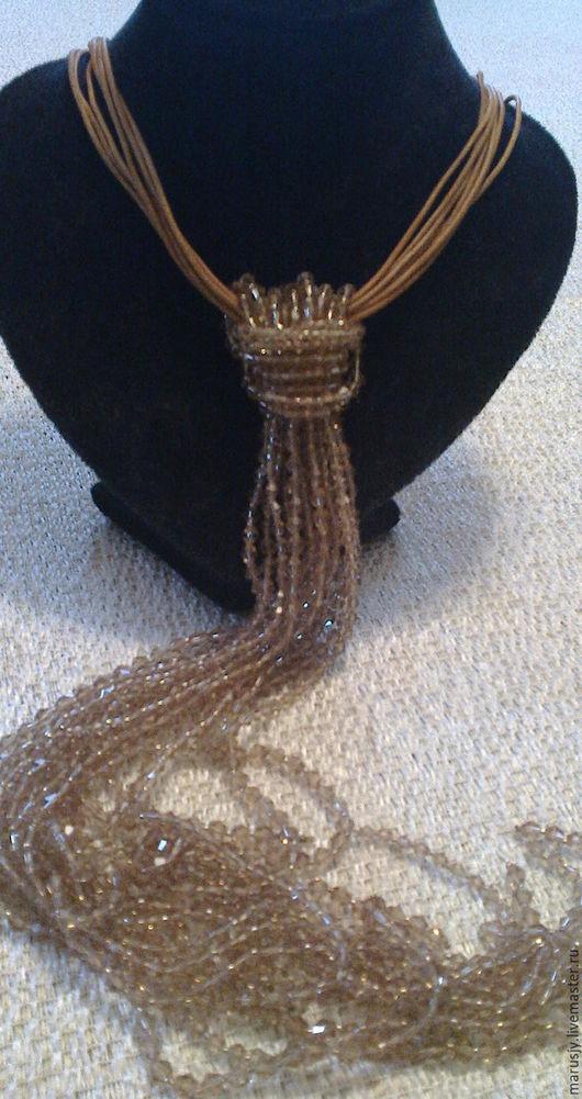 Колье, бусы ручной работы. Ярмарка Мастеров - ручная работа. Купить Ожерелье-галстук с хрустальными бусинами и кожей. Handmade. Коричневый