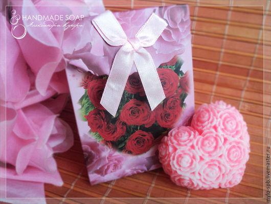 """Мыло ручной работы. Ярмарка Мастеров - ручная работа. Купить Мини-набор мыла """"Сердечко из роз"""" + подарочная коробочка. Handmade."""
