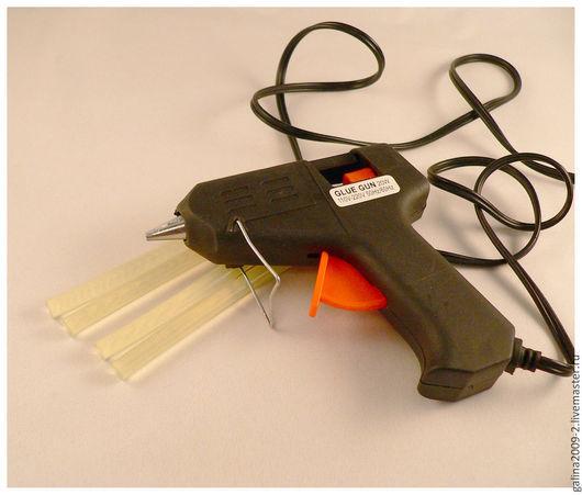 Другие виды рукоделия ручной работы. Ярмарка Мастеров - ручная работа. Купить Клеевой  пистолет + 4 стержня.. Handmade.