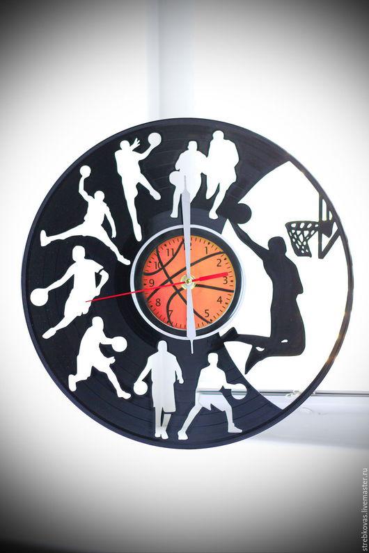 """Детская ручной работы. Ярмарка Мастеров - ручная работа. Купить Оригинальный подарок. Настенные часы """" Баскетбол"""", сделанные из вин. Handmade."""