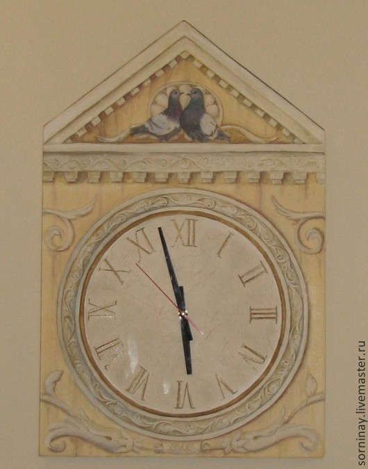 """Часы для дома ручной работы. Ярмарка Мастеров - ручная работа. Купить Часы """"Время и голуби"""". Handmade. Бежевый, настенные часы"""