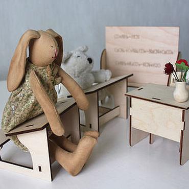 Куклы и игрушки ручной работы. Ярмарка Мастеров - ручная работа Набор школьной мебели для игрушек. Handmade.