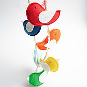 Мобили на кроватку ручной работы. Ярмарка Мастеров - ручная работа Гирлянда радужные птички из фетра. Handmade.