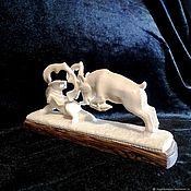 """Статуэтки ручной работы. Ярмарка Мастеров - ручная работа Скульптурная композиция из бивня мамонта """"Поединок"""". Handmade."""