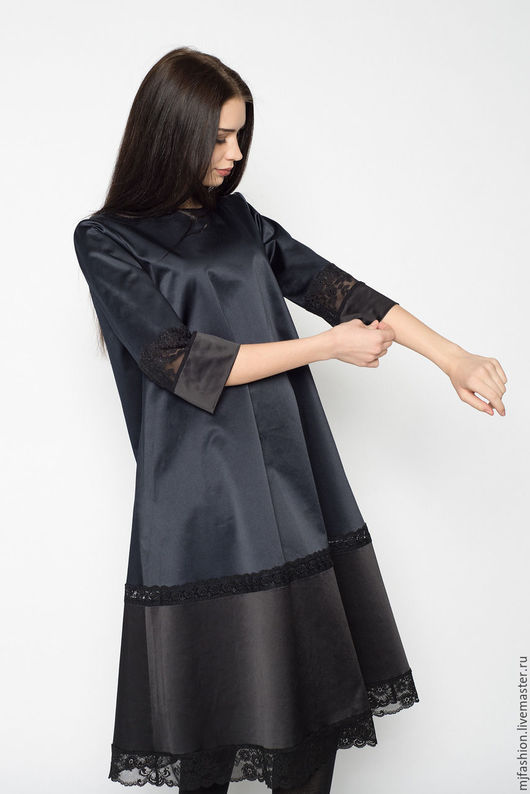 Платья ручной работы. Ярмарка Мастеров - ручная работа. Купить Платье темно-синее из атласного хлопка с кружевом (арт. 2291). Handmade.