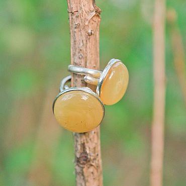 Украшения ручной работы. Ярмарка Мастеров - ручная работа Серебряное кольцо универсального размера с янтарем. Handmade.