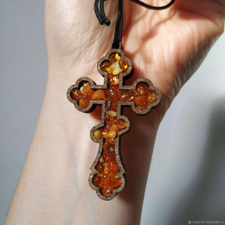 Крест из янтаря, крест с янтарем, оберег в машину, деревянный крест, Автомобильные сувениры, Калининград,  Фото №1