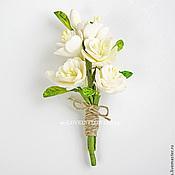 Свадебный салон ручной работы. Ярмарка Мастеров - ручная работа Бутоньерка-брошь с цветами ручной работы. Handmade.
