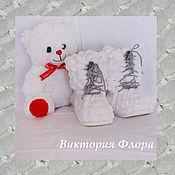 Работы для детей, ручной работы. Ярмарка Мастеров - ручная работа Пинетки сапожки именные на шнурочках. Handmade.