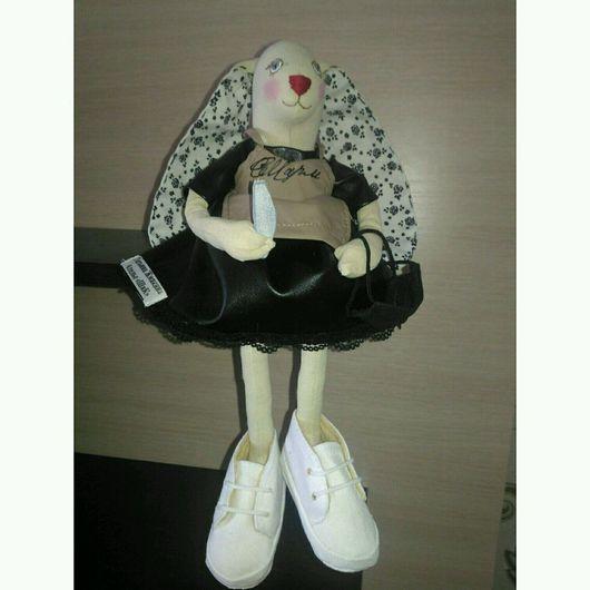 Куклы Тильды ручной работы. Ярмарка Мастеров - ручная работа. Купить Тильда заюшка мастер маникюра. Handmade. Тильда
