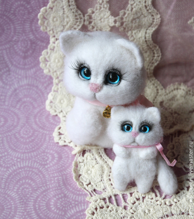 cat blue-eyed white baby, Stuffed Toys, Moscow,  Фото №1
