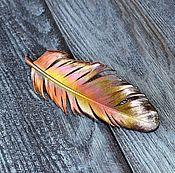 """Украшения ручной работы. Ярмарка Мастеров - ручная работа Заколка для волос или зажим для шарфа из пера """"Жар Птица"""", гальваника. Handmade."""