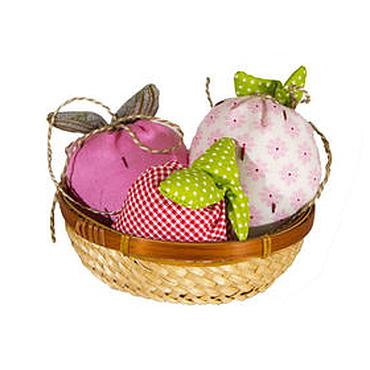 Куклы и игрушки ручной работы. Ярмарка Мастеров - ручная работа Клубнички в корзинке. Handmade.
