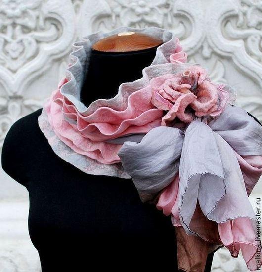 """Шарфы и шарфики ручной работы. Ярмарка Мастеров - ручная работа. Купить Валяный cеро-розовый шарф """"Незнакомка"""". Handmade. Розовый"""