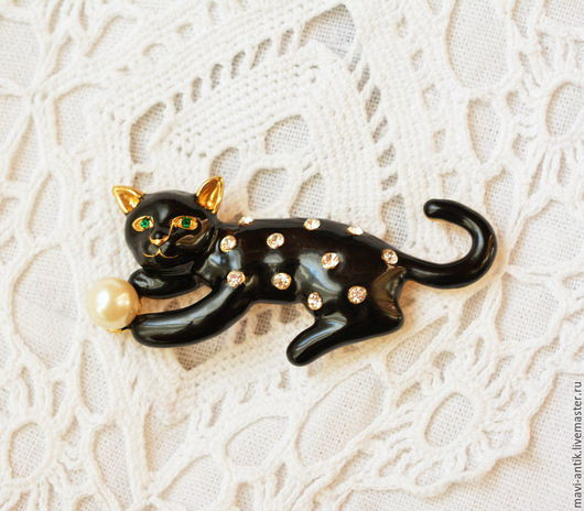 """Винтажные украшения. Ярмарка Мастеров - ручная работа. Купить брошь """"Кошка с жемчужиной"""". Handmade. Черный, черная кошка, искусственный жемчуг"""