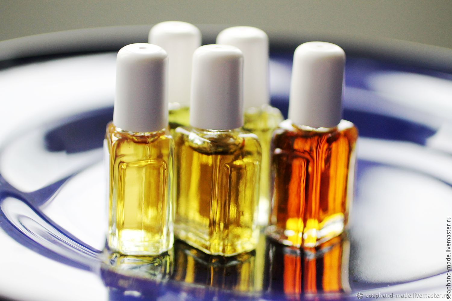 Five flavors for the price of four, Perfume, Moscow,  Фото №1