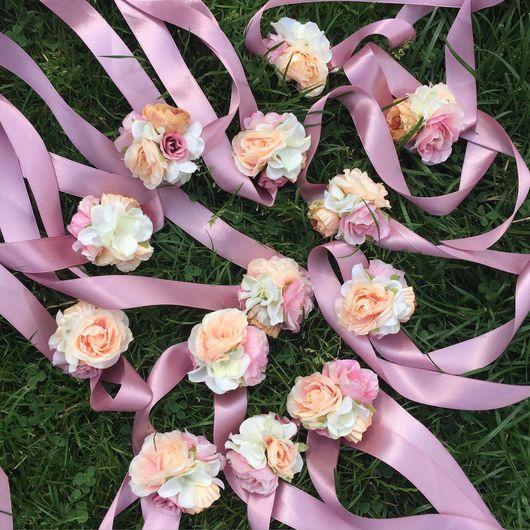 Свадебные украшения ручной работы. Ярмарка Мастеров - ручная работа. Купить Браслеты для подружек невесты персиковые. Handmade. Девичник