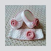Работы для детей, ручной работы. Ярмарка Мастеров - ручная работа Пинетки-туфельки и повязка для девочки. Handmade.