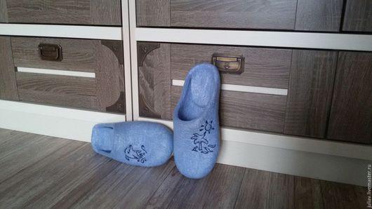 """Обувь ручной работы. Ярмарка Мастеров - ручная работа. Купить Валяные тапочки """"Фантазии"""". Handmade. Домашние тапочки, голубой"""