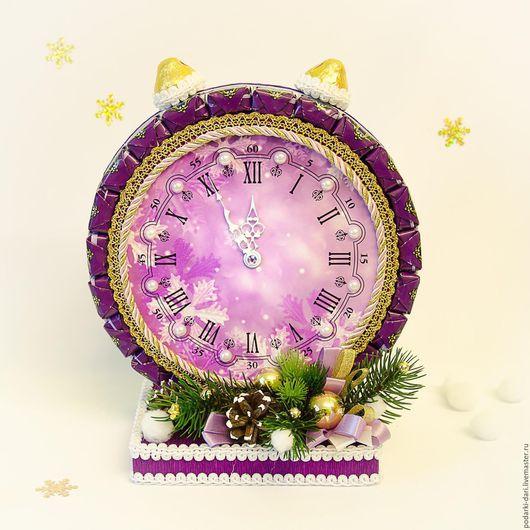 Новый год 2017 ручной работы. Ярмарка Мастеров - ручная работа. Купить Новогодний  подарок Будильник из конфет. Handmade. Сиреневый, часы
