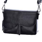 Сумка через плечо ручной работы. Ярмарка Мастеров - ручная работа Сумка через плечо: Женская черная кожаная сумка М092. Handmade.