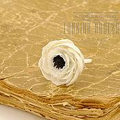 Украшения ручной работы. Ярмарка Мастеров - ручная работа Кольцо-цветок из полимерной глины белый мак. Handmade.