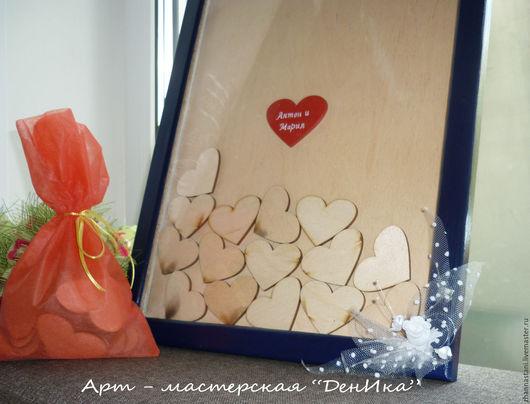 45 сердец пожеланий с декор. элементом (6 см х 4,5 см) + 1 красное с именами молодоженов. 2200 р.