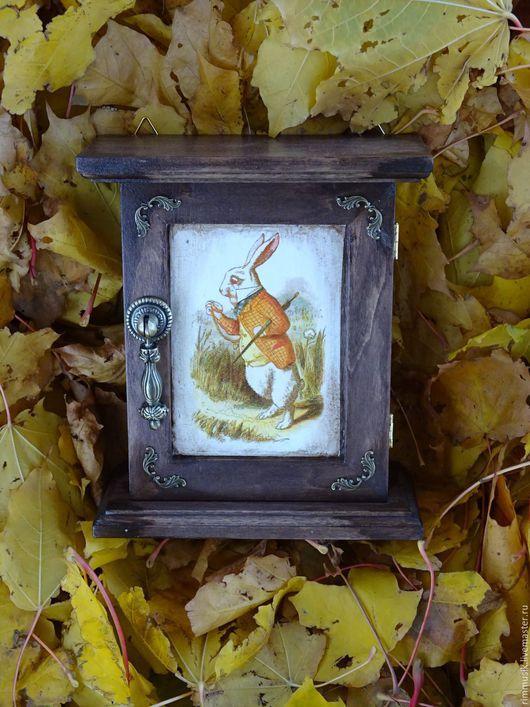 """Прихожая ручной работы. Ярмарка Мастеров - ручная работа. Купить Ключница """"Кролик"""". Handmade. Коричневый, ключница ручной работы, подарок"""