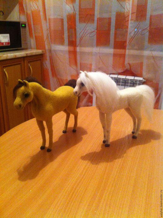 Игрушки животные, ручной работы. Ярмарка Мастеров - ручная работа. Купить Лошадки Миледи и Неуловимый. Handmade. Лошади, шерсть меринос