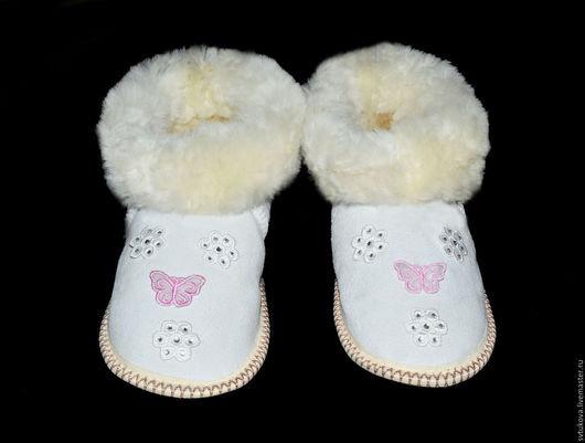 Обувь ручной работы. Ярмарка Мастеров - ручная работа. Купить Угги (чуни) из натуральной овчины. Handmade. Разноцветный