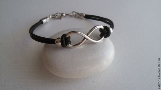 Браслеты ручной работы. Ярмарка Мастеров - ручная работа. Купить Кожаный браслет с символом бесконечности. Handmade. Бежевый, подарок на новый год