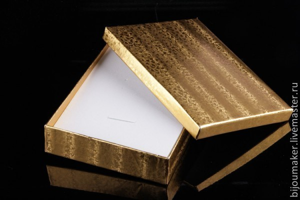 Подарочная упаковка! Подарочная коробка для комплекта!, Материалы для кукол и игрушек, Москва,  Фото №1