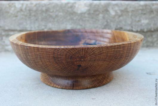 Тарелки ручной работы. Ярмарка Мастеров - ручная работа. Купить Деревянное блюдо из дуба большого размера. (29/8,5). Handmade.