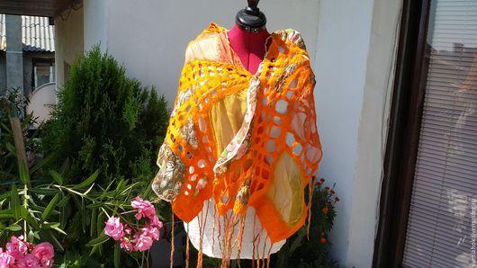 Шали, палантины ручной работы. Ярмарка Мастеров - ручная работа. Купить валяный палантин на шелке Оранжевое лето,оранжевая я. Handmade.