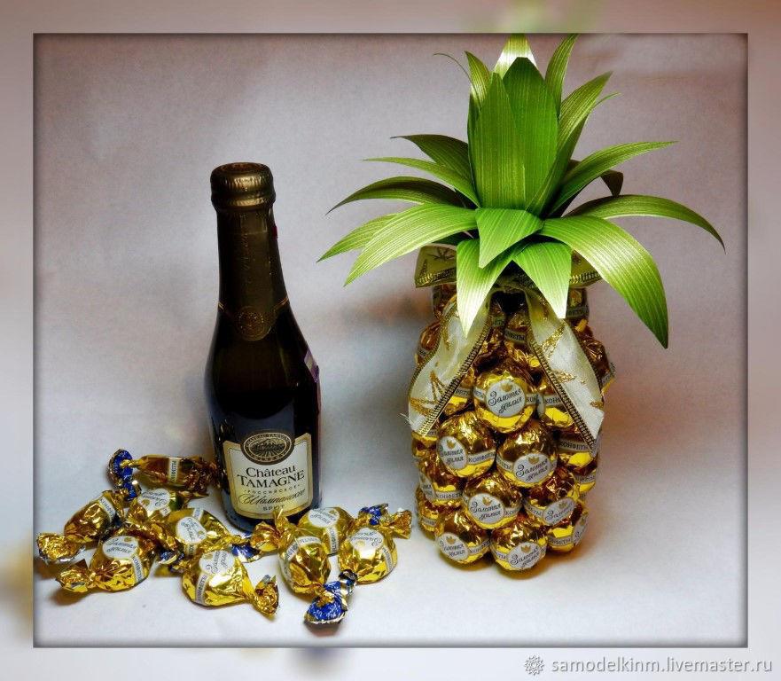 поздравления к подарку шампанское и ананасами ослепить модель