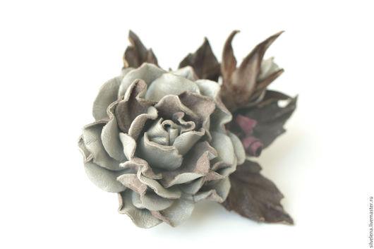 Броши ручной работы. Ярмарка Мастеров - ручная работа. Купить Роза из кожи (бежевая ) Брошь - цветок из кожи. Handmade.