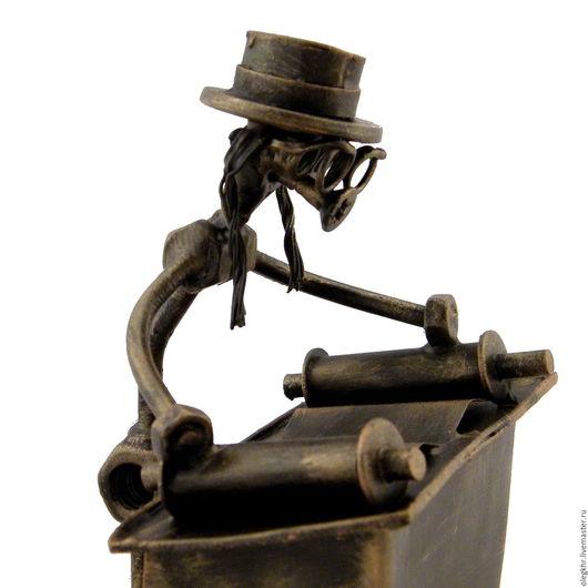 Миниатюрные модели ручной работы. Ярмарка Мастеров - ручная работа. Купить Раввин. Handmade. Скульптурная миниатюра, сувенир из гаек и болтов