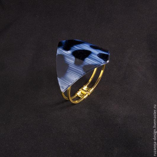 Браслеты ручной работы. Ярмарка Мастеров - ручная работа. Купить Синий браслет с принтом из черных пятен. Handmade. Тёмно-синий