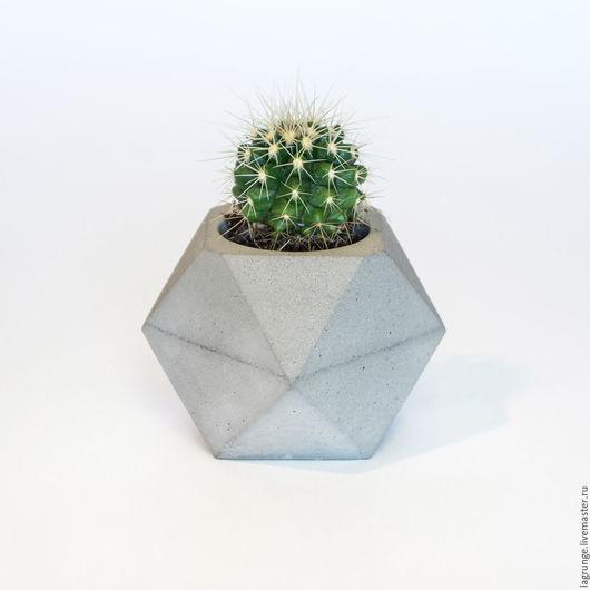 Кашпо ручной работы. Ярмарка Мастеров - ручная работа. Купить Маленький горшок для суккулентов из бетона «Многогранник». Handmade. Бетон