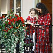 Платья ручной работы. Ярмарка Мастеров - ручная работа Комплект платьев для мамы и дочки (красный Burberry). Handmade.