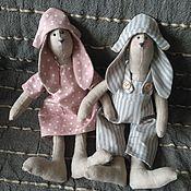 """Куклы и игрушки ручной работы. Ярмарка Мастеров - ручная работа Тильда-зайцы """"Сладкая парочка"""". Handmade."""