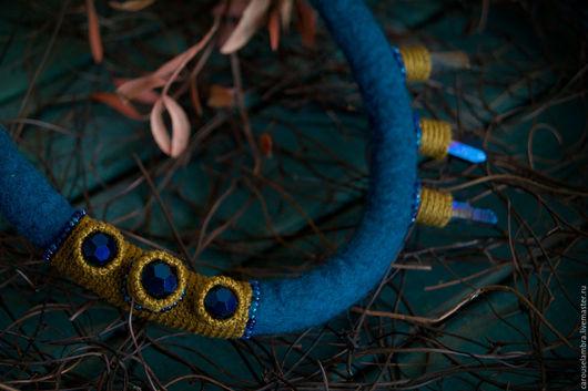 """Колье, бусы ручной работы. Ярмарка Мастеров - ручная работа. Купить Валяное колье """"Синее море"""". Handmade. Морская волна"""