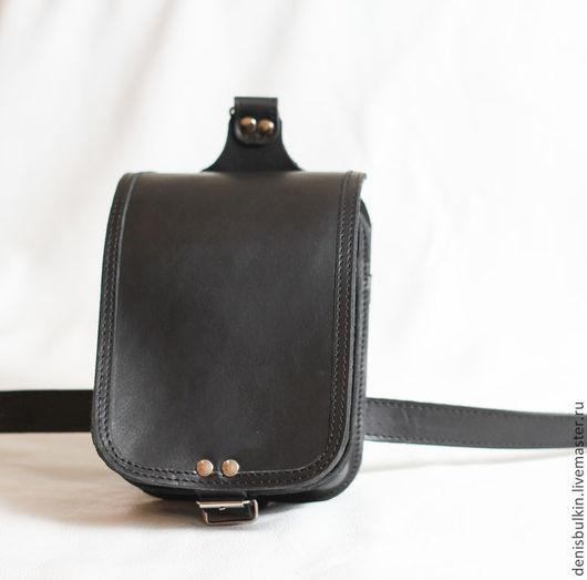 """Мужские сумки ручной работы. Ярмарка Мастеров - ручная работа. Купить Байкерская сумка на бедро из нат. кожи """" К9 """". Handmade."""