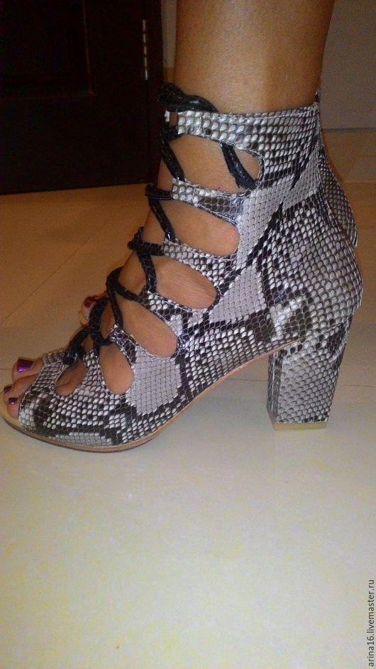 Обувь ручной работы. Ярмарка Мастеров - ручная работа. Купить Ботильоны летние. Handmade. Серый, ботинки женские, обувь из питона