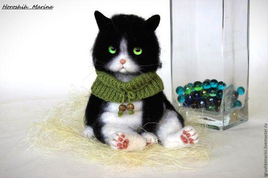 Игрушки животные, ручной работы. Ярмарка Мастеров - ручная работа. Купить Котик Том.. Handmade. Чёрно-белый, кот, подарок